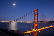 American City Originals - Full moon over San Francisco by Brian Jannsen
