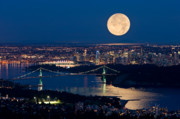 Moonrise Photos - Full moonrise over Vancouver 6 by David Nunuk