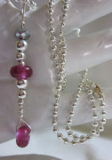 Ball Jewelry - Fuschia and Silver Dangle Necklace by Janet  Telander
