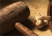 Hammer Pyrography - Garlic by Christo Christov