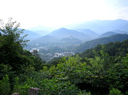 Gatlinburg Tennessee Prints - Gatlinburg Print by CGHepburn Scenic Photos