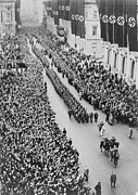 Ceremonies Framed Prints - German Crowds Saluting During A Berlin Framed Print by Everett