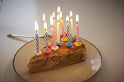 Y120831 Art - Germany, Cologne, Birthday Cake With Candles In Apartment by Westend61