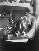 Sculpture Artists Framed Prints - Gertrude Vanderbilt Whitney 1875-1942 Framed Print by Everett