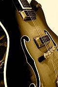 Guitar Photos - Gibson Guitar by Sergio Geraldes
