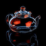 Field Glass Art - Glass Teapot with Reflections by Randi Scott