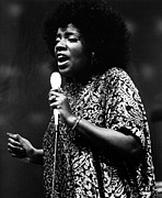 Gloria Gaynor, Circa 1979 Print by Everett