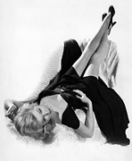 Cheesecake Shot Posters - Gloria Grahame, Ca. 1940s Poster by Everett