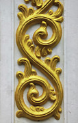 Prasert Chiangsakul - Golden Stucco Work On...