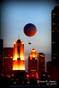 Chicago Night Scene Posters - Golden View Poster by Simone Hester