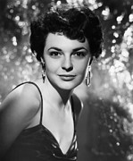 Hoop Earrings Prints - Gorilla At Large, Anne Bancroft, 1954 Print by Everett