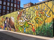 Mark Weber - Graffiti art in DUMBO...