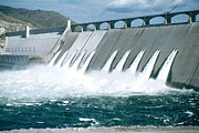 Hydroelectric Posters - Grand Coulee Dam Poster by Photo Researchers, Inc.