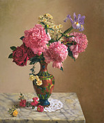 Lincoln Paintings - Grand Peonies by Lyndall Bass