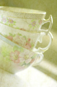Photo Mixed Media - Grandmas Teacups by Bonnie Bruno