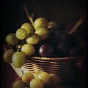 Food And Beverage Art - Grapes by Ale Romiti 🇮🇹📷👣