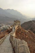 Surrounding Prints - Great Wall Of China Print by Asifsaeed313