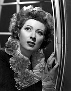 Garson Framed Prints - Greer Garson, 1945 Framed Print by Everett