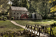 Wayside Inn Grist Mill Prints - Grist Mill Sudbury Massachusetts Print by Mark Valentine