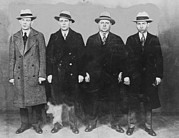 Criminals Photo Framed Prints - Group Of Mobsters In The 1920s. Left Framed Print by Everett