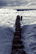 Freezing Prints - Groyne Print by Joana Kruse
