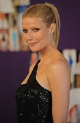 2010s Hairstyles Posters - Gwyneth Paltrow At Arrivals For The Poster by Everett