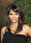 Halle Berry Framed Prints - Halle Berry At Arrivals For Things We Framed Print by Everett