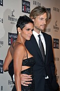 Halle Berry Framed Prints - Halle Berry, Gabriel Aubry At Arrivals Framed Print by Everett
