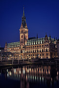 Centre Prints - Hamburg city hall Print by Benjamin Matthijs
