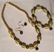 Great Jewelry - Handmade Necklace Set by Fatima Pardhan