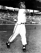Baseball Bat Metal Prints - Hank Aaron Of The Milwaukee Braves, Ca Metal Print by Everett