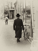 Hasidic Posters - Hasidic Jew Poster by Robert Knight
