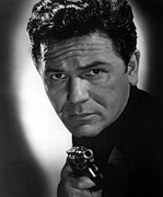 1951 Movies Prints - He Ran All The Way, John Garfield, 1951 Print by Everett