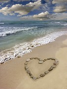 Tony Craddock and Photo Researchers - Heart Shape on a Beach