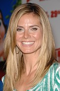 Heidi Klum Posters - Heidi Klum At Arrivals For Hoodwinked Poster by Everett