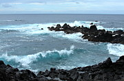 Lava Rock Prints - Honolulunui Bay Maui Print by Karon Melillo DeVega