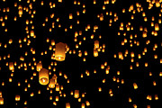 Thailand Photos - Hot Air Lanterns In Sky by Daniel Osterkamp