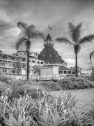 Coronado Beach Framed Prints - Hotel de Coronado Framed Print by Jane Linders