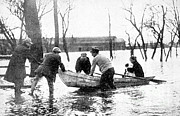 Natural Disaster Photos - Hudson River Flood, 1913 by Science Source