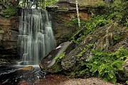 Matthew Winn - Hungarian Fall Middle Falls