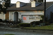 Floods Photos - Hurricane Katrina Evacuatees by Everett