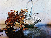 Dried Hydrangeas Prints - Hydrangea In Glass Dish Print by Edie Kynard