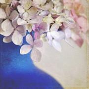 Hydrangeas In Deep Blue Vase Print by Lyn Randle