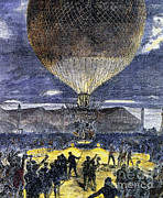 Aeronautic Posters - Hydrogen Balloon Poster by Science Source