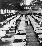 Epidemic Prints - Influenza Epidemic Print by Science Source