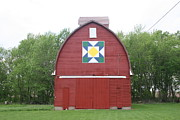 Quilt Barns Framed Prints - Iowa Barn Quilt Painting Framed Print by Amelia Painter