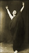 1910s Portrait Posters - Isadora Duncan 1877-1927, Pioneering Poster by Everett