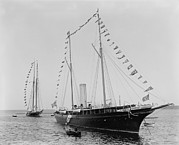 J. Pierpoint Morgans Second Yacht Print by Everett