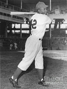 Mlb Metal Prints - Jackie Robinson, African-american Metal Print by Science Source