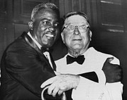 Jackie Robinson Photos - Jackie Robinson And Former Brooklyn by Everett